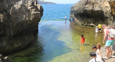 Paket Bali Nusa Penida Barat Tour | Pantai Angel Billabong