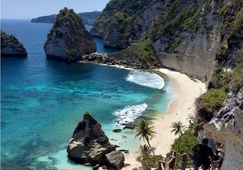 Paket Bali Nusa Penida Tour | Pantai Diamond