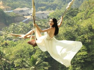Paket Tour di Bali | Bali Swing dan Tanah Lot