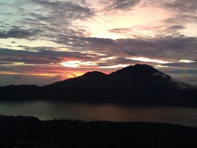 Paket Tour di Bali | Trekking Gunung Batur