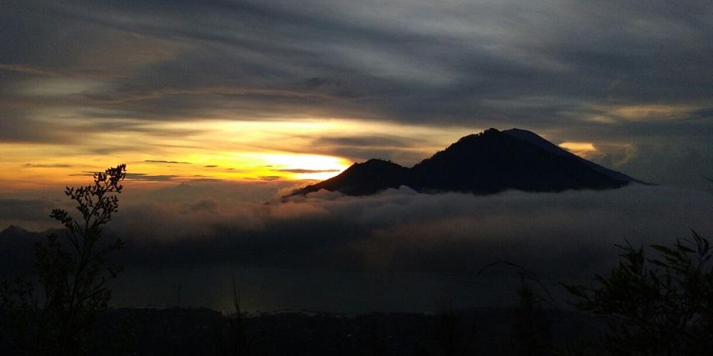 Paket Bali Petualangan Tour | Wisata Trekking Gunung Batur