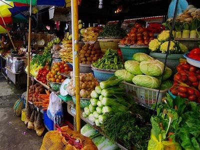 Bali Satu Hari ke Bedugul dan Tanah Lot | Pasar Candi Kuning