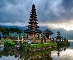 Bali Satu Hari ke Bedugul dan Tanah Lot | Ulun Danu Beratan